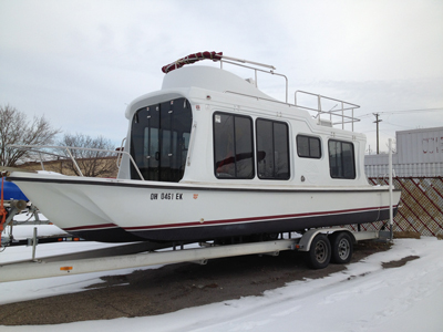 Houseboat before custom paint job